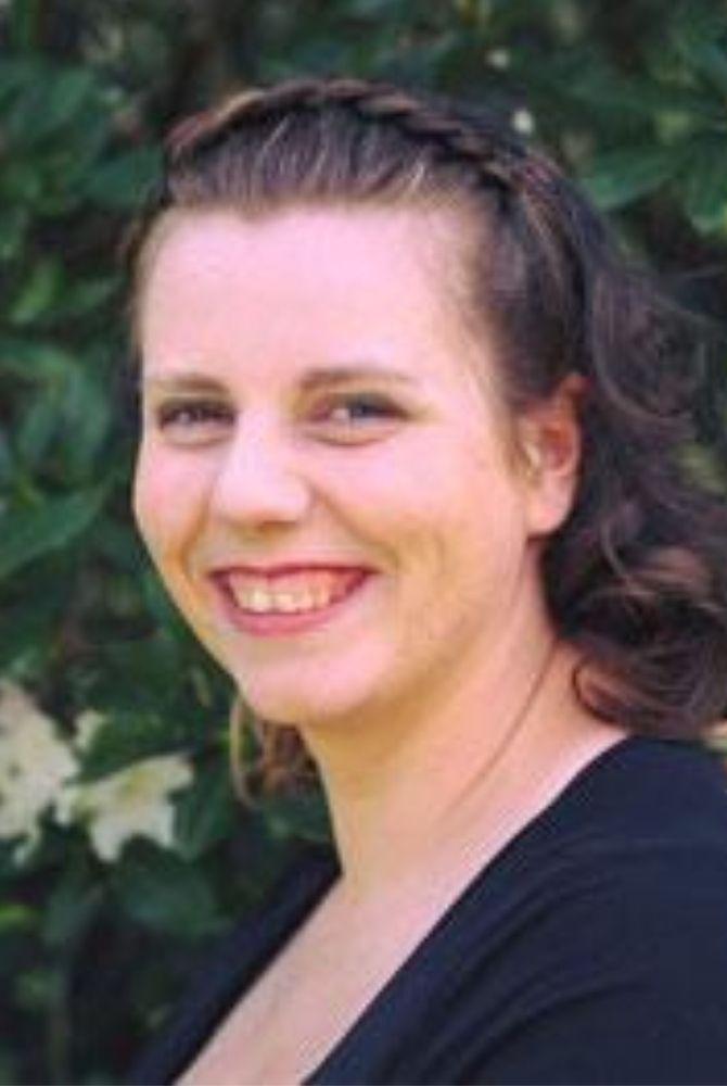 Sandra-Garding-Profilbild-Doula-Familienbegleitung-Ostfriesland