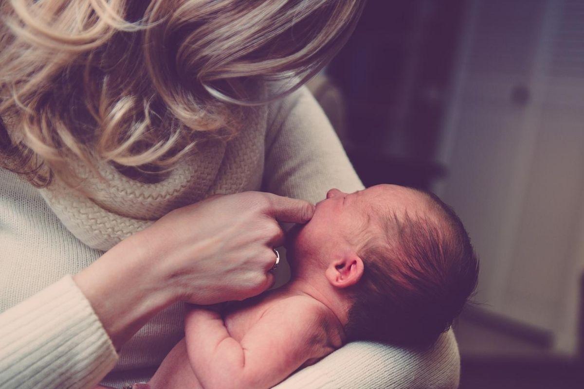 Team Mama Logo - Schwangere Frau, Mama mit Baby | Platzhalter für Team Partner ohne Bild